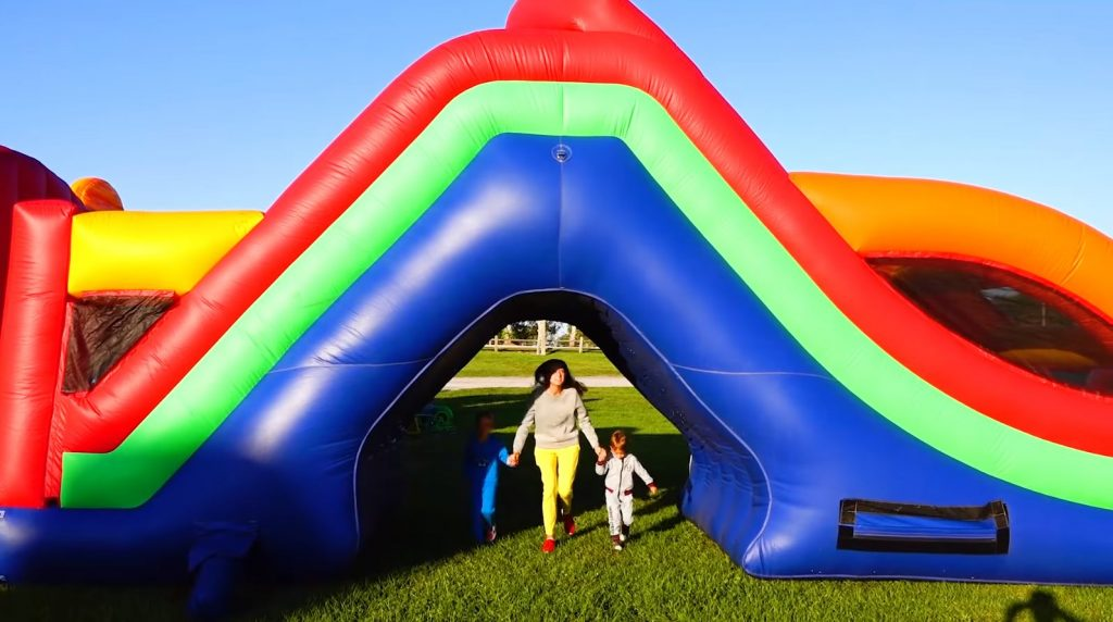 Affordable Inflatable Bounce Houses For Rent