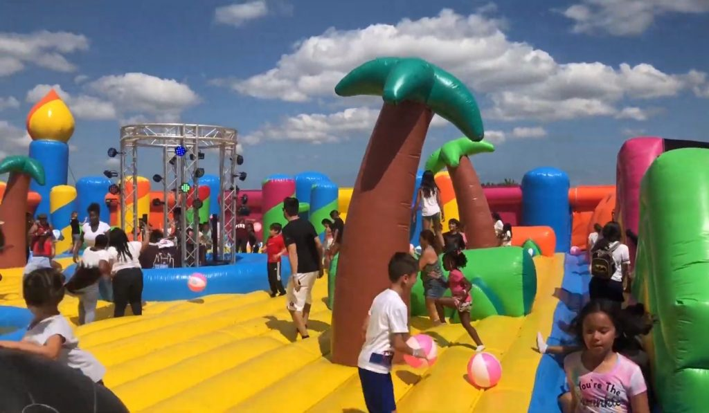 Obstacle Bounce House For Rent